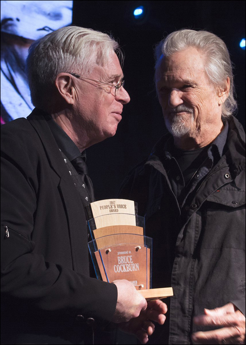 Bruce Cockburn - Kris Kristofferson - AFI People's Voice Award 2017 - photo Andrea Brookhart